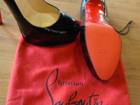 Christian Louboutins mit roter Sohle