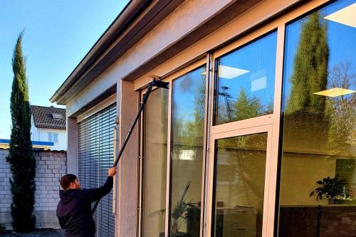 Reinwasser/Osmose-Reinigungssystem mit EMA Gebäudereinigung GmbH