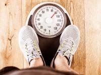 Gewichtsreduktion durch Nahrung, Bewegung, Kraft und Kondition.