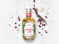 Lavendel und rote Rosenblütenblätter - Black Cherry GIN
